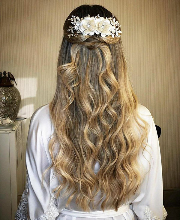 Romantic Hairstyle Ideas For Long Hair
